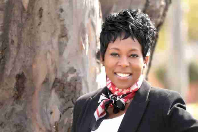 Tumi Frazier – Leadership Expert